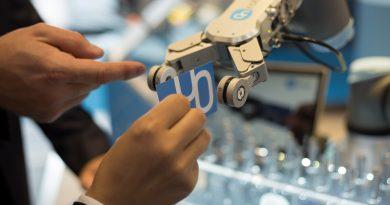 Az OnRobot Magyarországon is bemutatta az együttműködő robot-kiegészítők új generációját